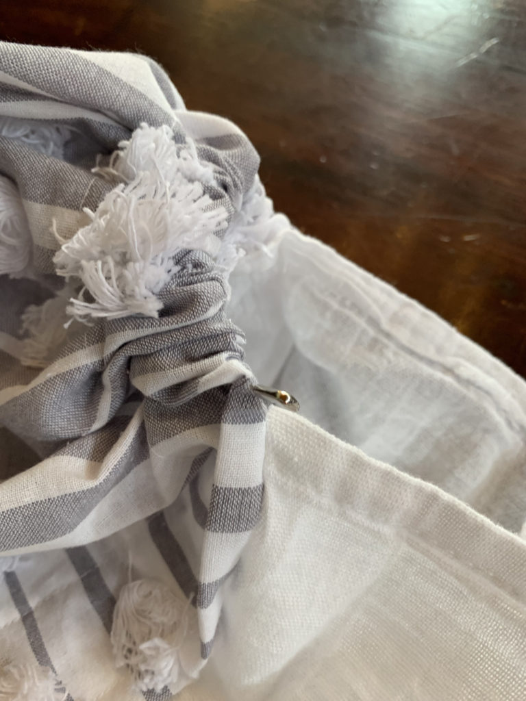 pin in tablecloth sleeve